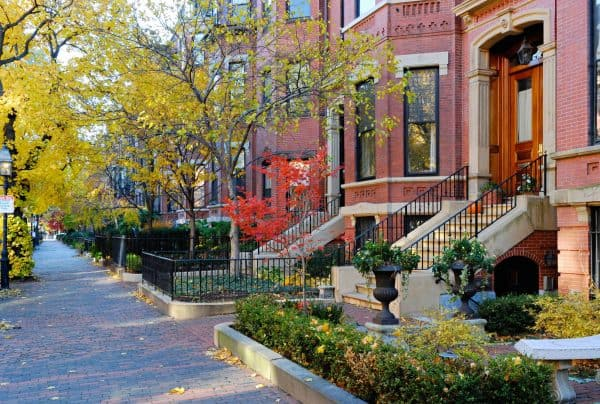 Explore the South End neighborhood and let Metro Realty help you find your perfect Boston home, condo, or apartment.
