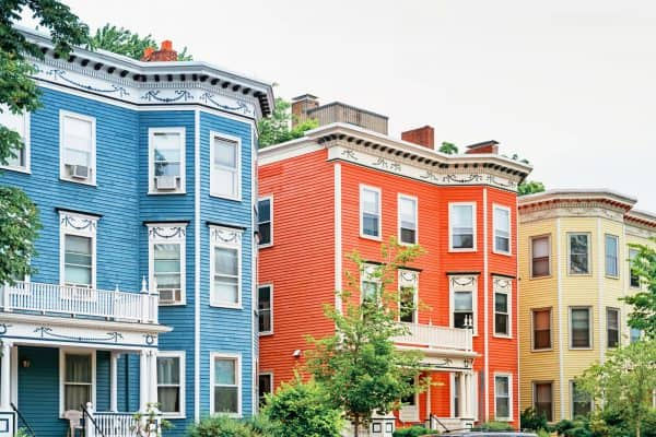 Explore the Somerville neighborhood and let Metro Realty help you find your perfect Boston home, condo, or apartment.